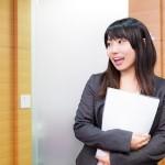 家事や育児との両立も!法律資格の中でも簡単に取得でき女性におすすめな行政書士