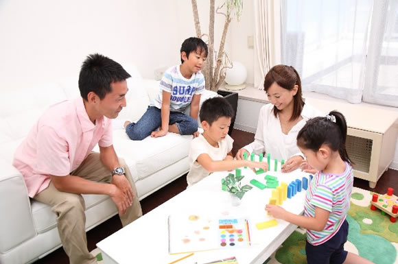 保育士資格を活かして自宅で働く!「保育ママ」になれる条件や収入とは